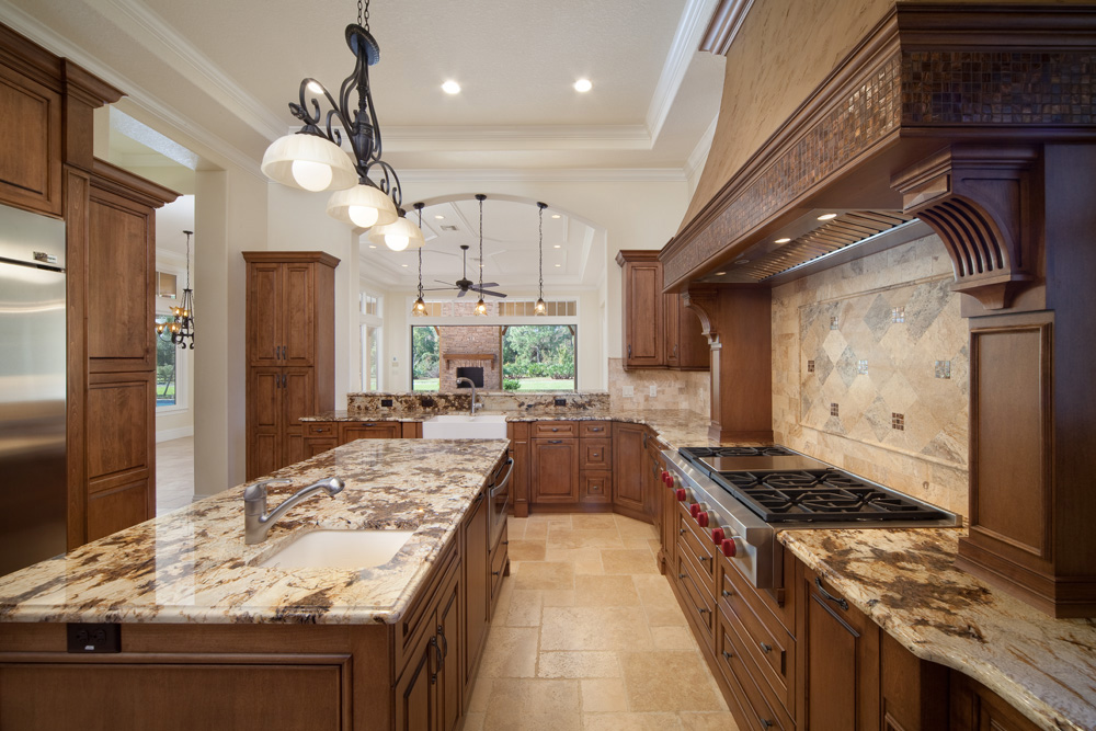 elegant kitchen design in custom home built by Einheit home builders