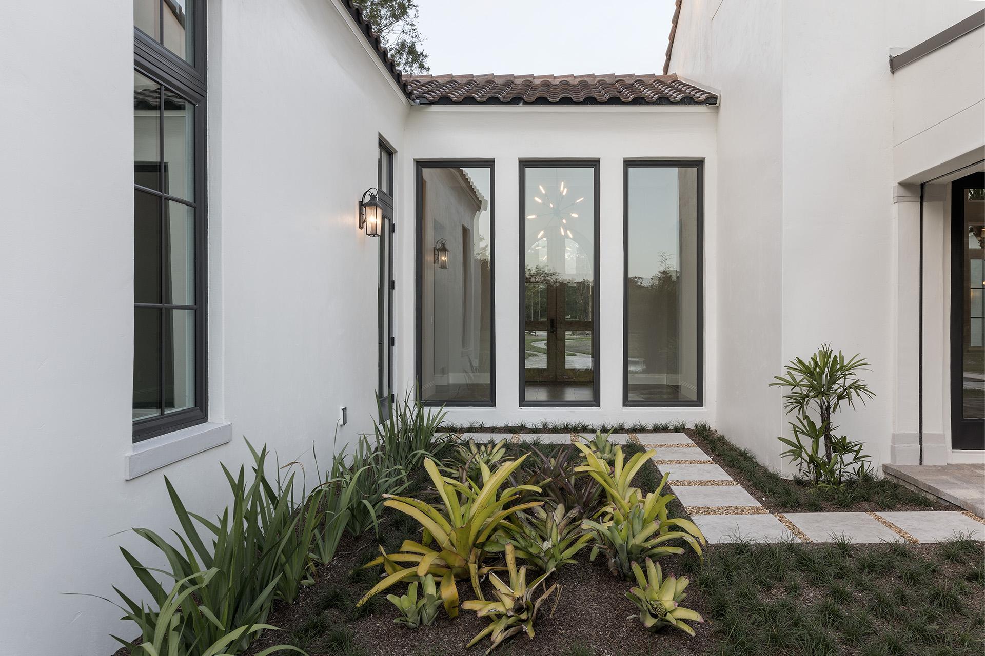 custom garden with walkway built by Einheit custom homes