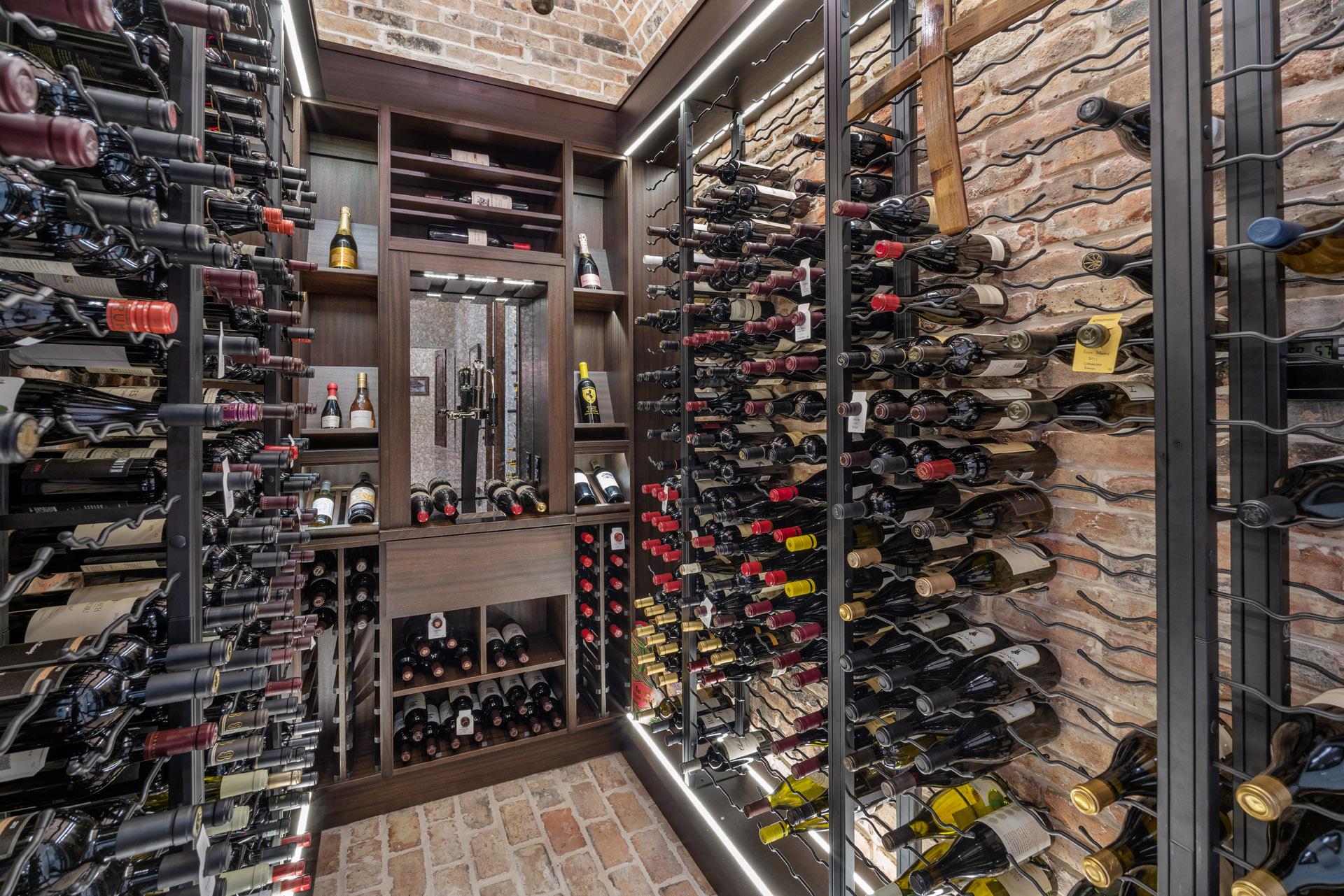 custom wine room built by Einheit home builders in Orlando