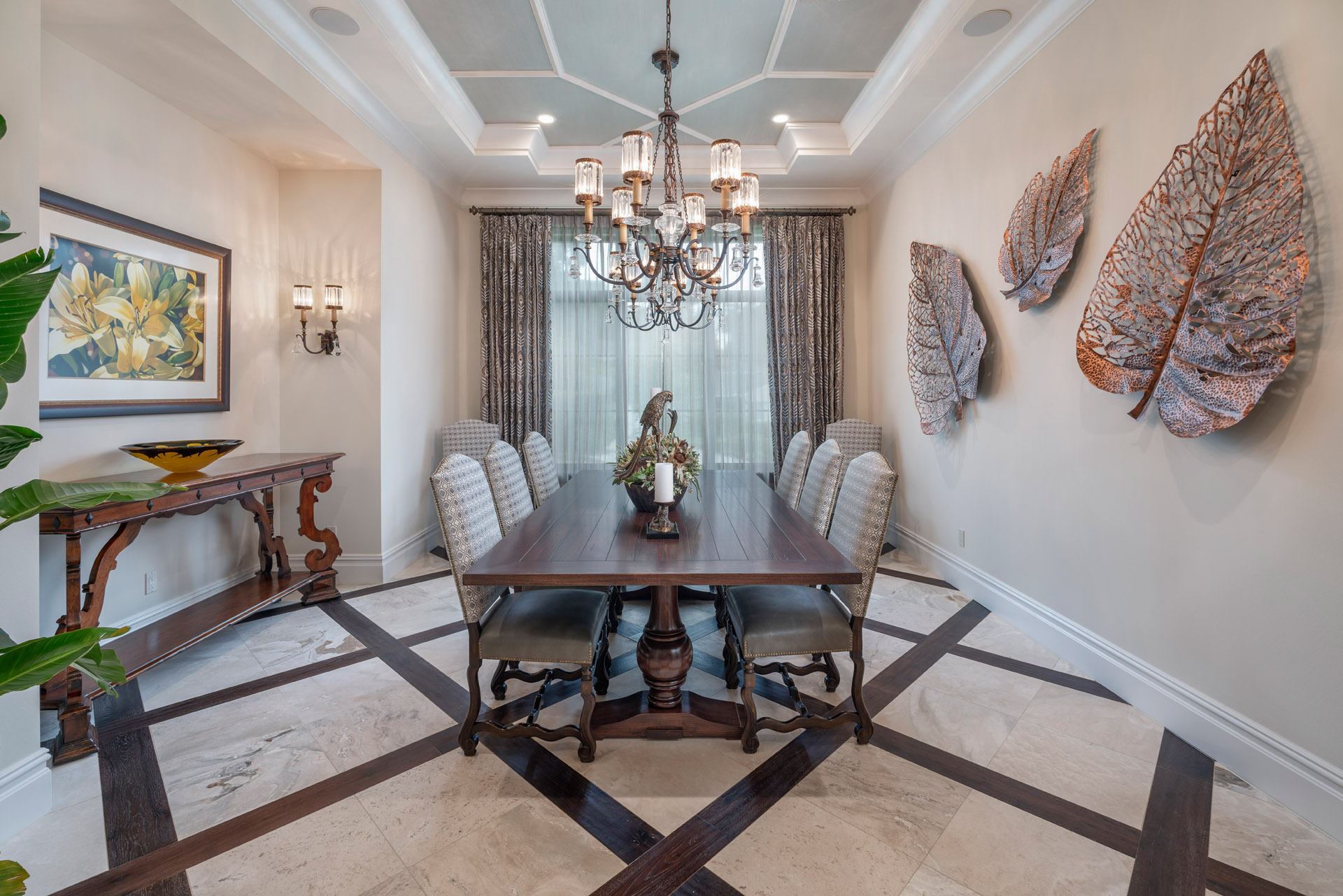 custom dining room designed and built by Einheit Homes