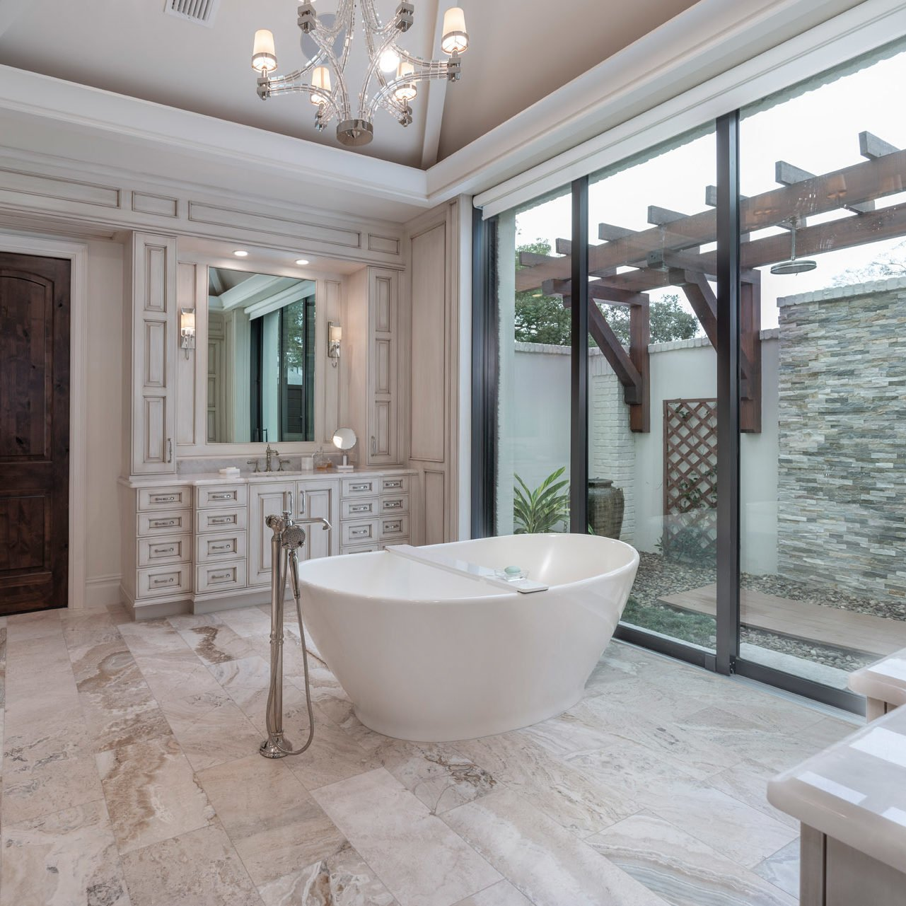 elegant bathroom design built by The Einheit Company