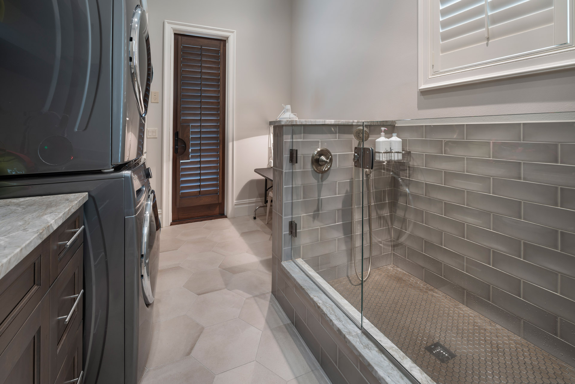 custom bathroom design built by Einheit custom home builder