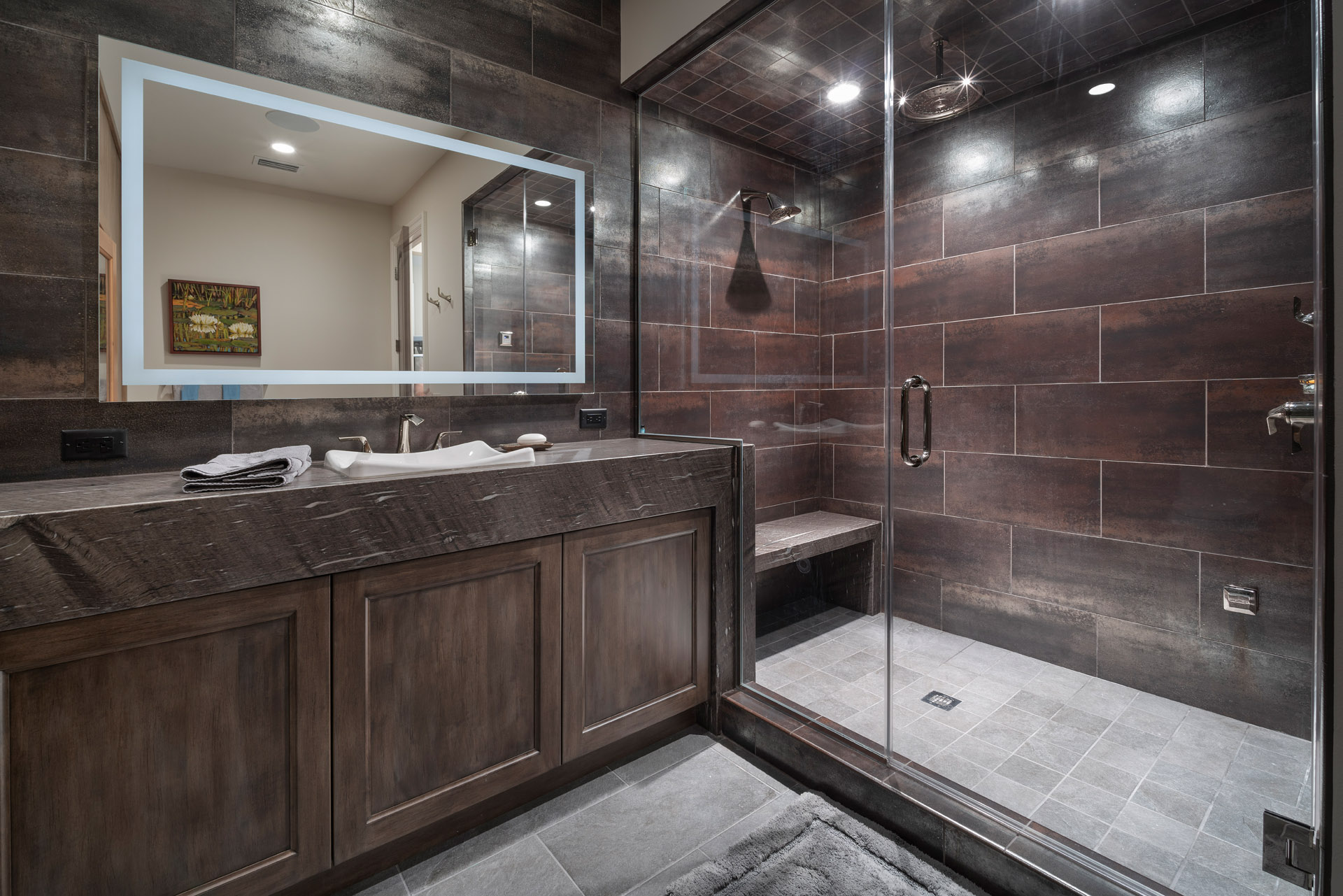 custom bath design built by Einheit Homes